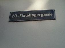 Bild Straßenschild Staudingergasse