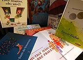Bild zur Buchausstellung in der NMS Staudingergasse